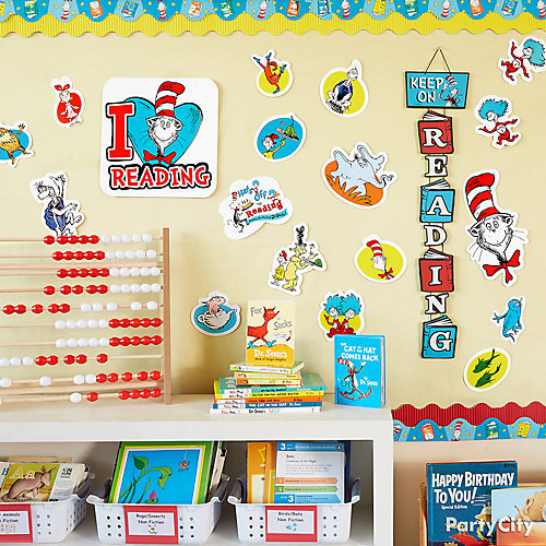 Easy Seuss Decor Idea