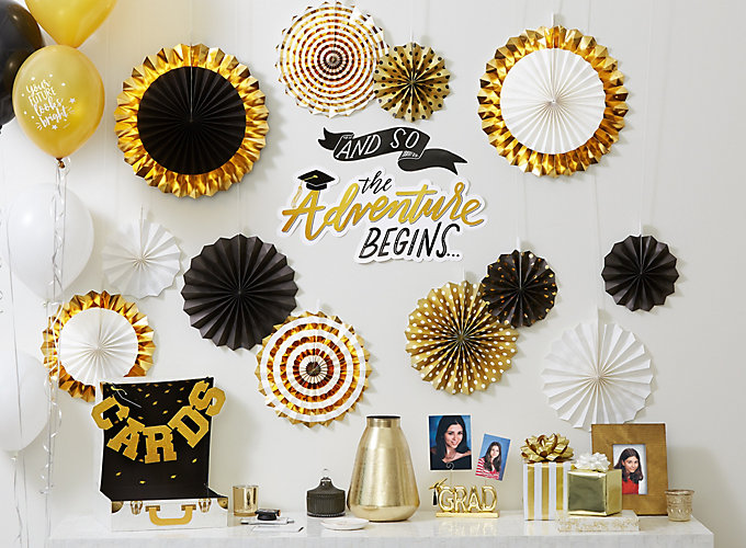 6bbb36fca1c758 11 Ideas for a Stylish Graduation Party