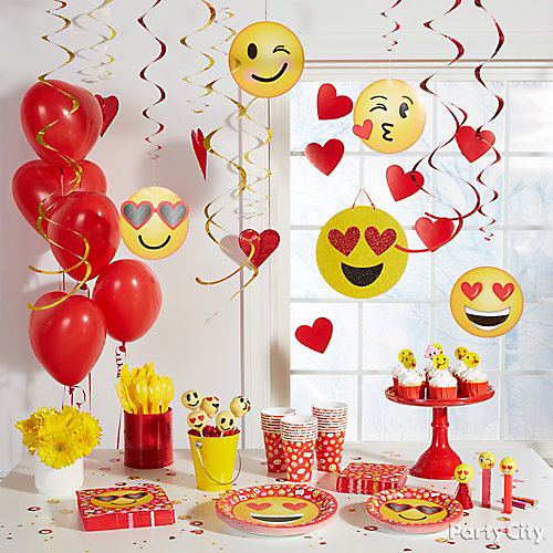 Smiley Valentine's Party Decorations