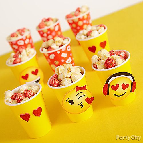 Smiley Valentine's Party Popcorn Treat Idea